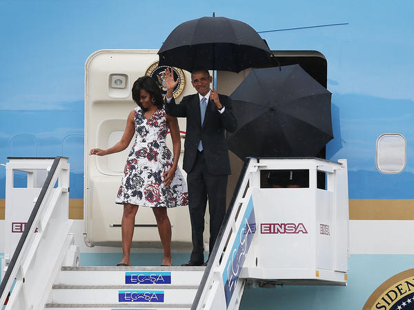 U.S. President Barack Obama and Michelle Obama arrive at Jose Marti International Airport on Airforce One for a 48-hour visit on March 20, 2016 in Havana, Cuba.