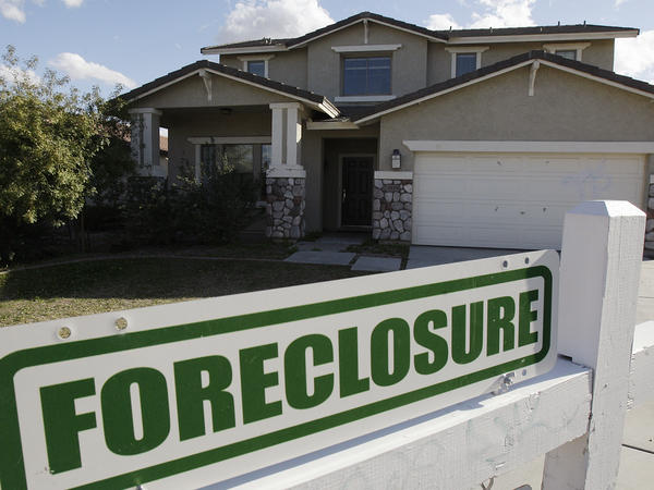 Arizona had one of the nation's highest foreclosure rates during the 2008 recession. That year, Trump University tempted Phoenix residents to make money off those foreclosures.