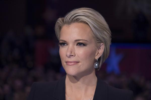 Fox News host Megyn Kelly moderates the Republican presidential debate in Des Moines, Iowa, on Jan. 28.