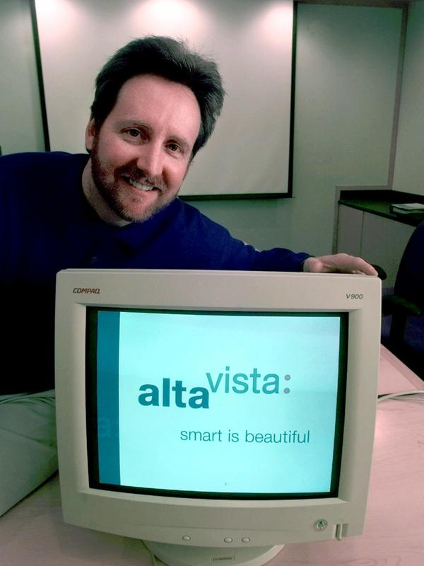 CEO Rod Schrock shows AltaVista's new look in 1999.