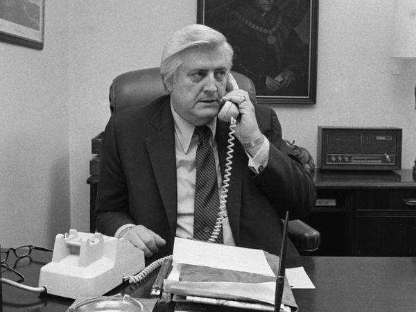 Rep. Henry Hyde, R-Ill., in a May 1981 file photo.