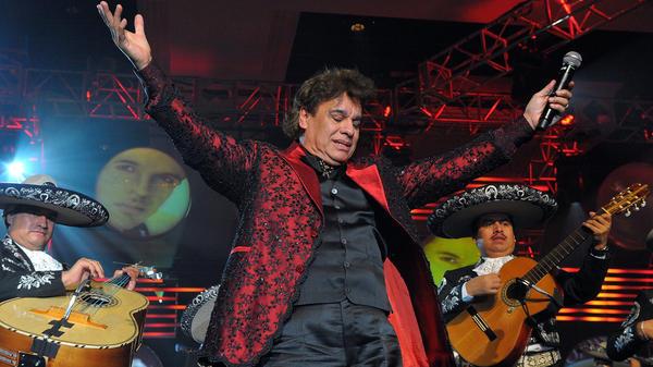 Juan Gabriel performs in Las Vegas in 2009.