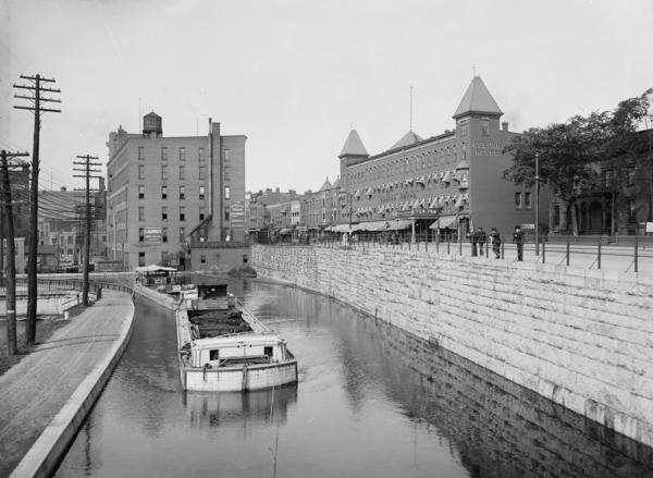 The Erie Canal in Rochester, N.Y., around 1900.