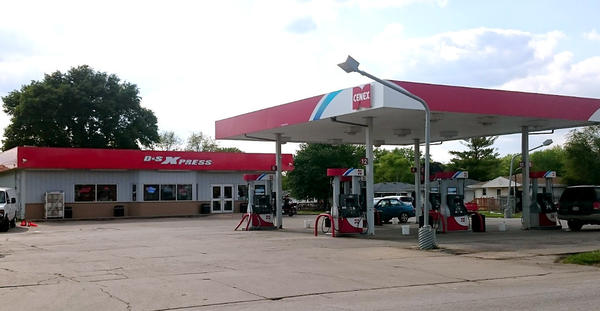 The Cenex gas station, where our oil eventually ended up.