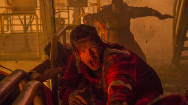 Mark Wahlberg in the terse, tight <em>Deepwater Horizon.</em>