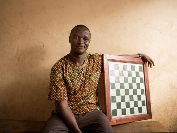 Robert Katende, who started the Katwe Chess Academy, wants to get children off the streets and into the game of chess.