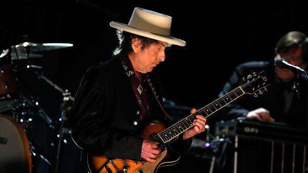 Bob Dylan performs in Culver City, Calif. in June 2009.