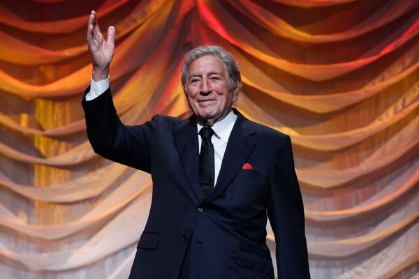 Tony Bennett performs in New York in September 2015. (JP Yim/Getty Images)