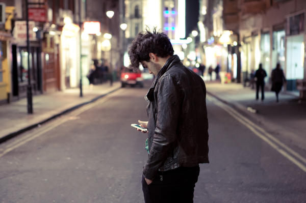 Young adults who spend more than two hours a day on social media are more apt to feel isolated.