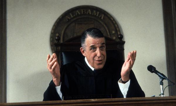 Fred Gwynne plays Judge Chamberlain Haller in the 1992 comedy <em>My Cousin Vinny.</em>