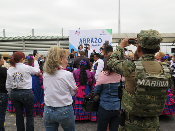 For 34 years, BorderFest has included an international abrazo (hug) between the mayors of Hidalgo, TX and Reynosa, Mexico. It takes place on the McAllen-Hidalgo International Bridge.
