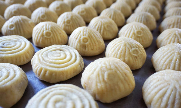 <em>Maamoul</em>, a shortbread cookie stuffed with date paste or chopped walnuts or pistachios and dusted with powdered sugar, is the perfect reward after a month of fasting during Ramadan and Lent. These cookies are waiting to be baked.