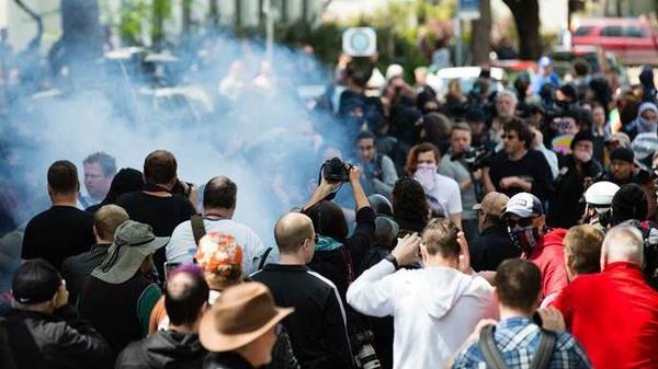 Berkeley police arrested at least 21 people during a pro-Trump rally that became violent after counter-protesters clashed with demonstrators on Saturday.