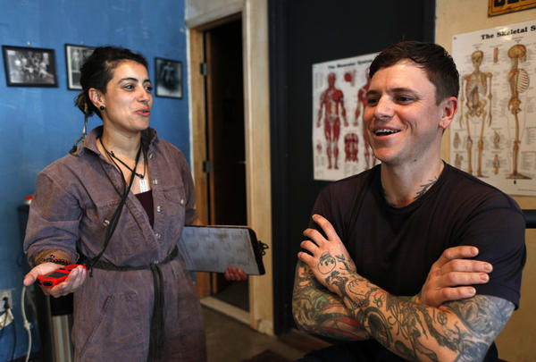Dy Elise has Casey Raub come in for a couple of low-intensity, 20-to-30-minute sessions a week to strengthen the areas that are fatigued through bartending, like his lower back.
