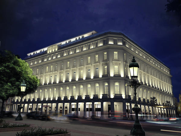 Cuba's first luxury mall is in Old Havana's Manzana de Gómez building, built between 1894 and 1917 as the country's first European-style shopping arcade.