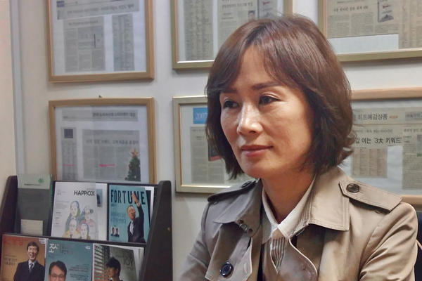 Lee So-yeon, a North Korean defector, used to be a signal corpsman in North Korea's army.