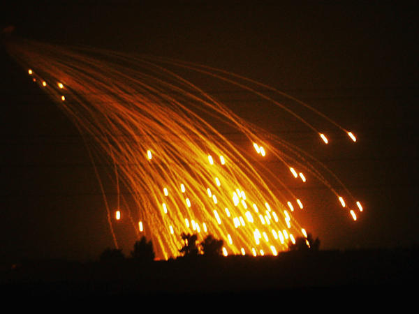 White phosphorus smoke screens were fired by the U.S. Army in November 2004 on the outskirts of Fallujah, Iraq.