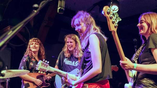 Members of The Big Moon join fellow Londoner Marika Hackman (second from left) onstage in Chicago, one stop on their whirlwind joint tour of the United States.