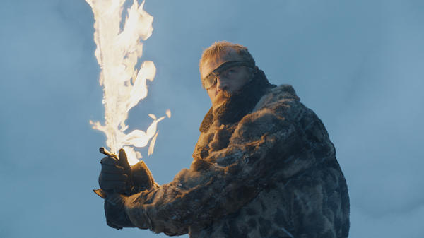 The Khyber crystal in Kylo Ren's lightsaber is cracked, see, which is why its plasma blade is unstable and naw I'm yankin' ya it's just Beric Dondarrion (Richard Dormer).