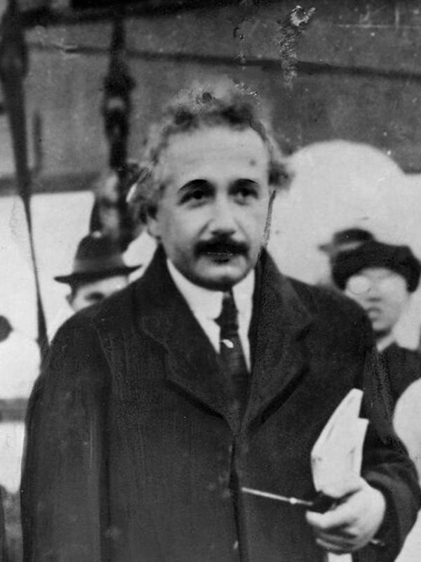 Einstein arrives in the port in Kobe, Japan, in November 1922. Crowds thronged his lectures in the country, which he toured just after winning the Nobel Prize.