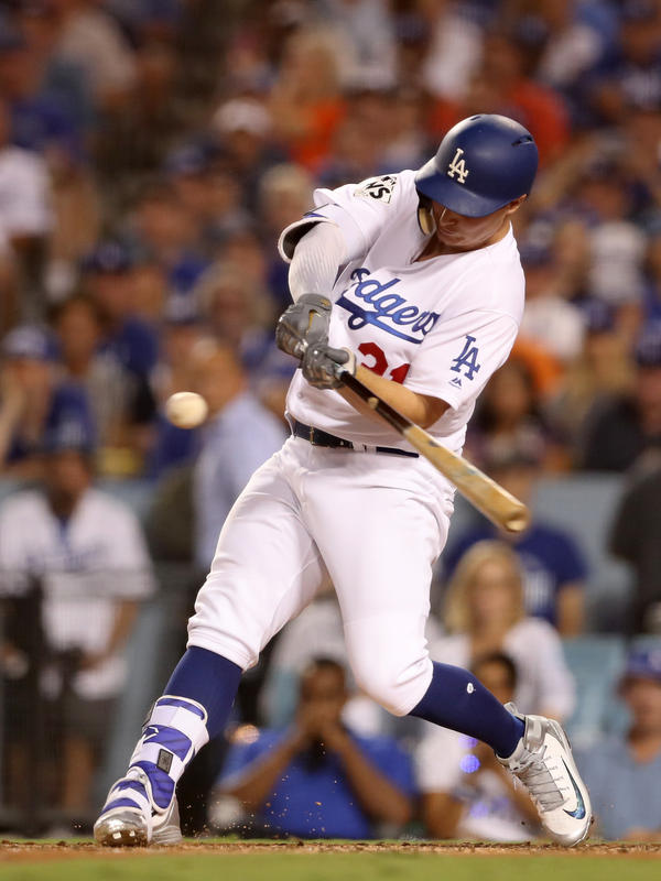The Dodgers tied the score 1-1 with Joc Pederson's fifth-inning home run .