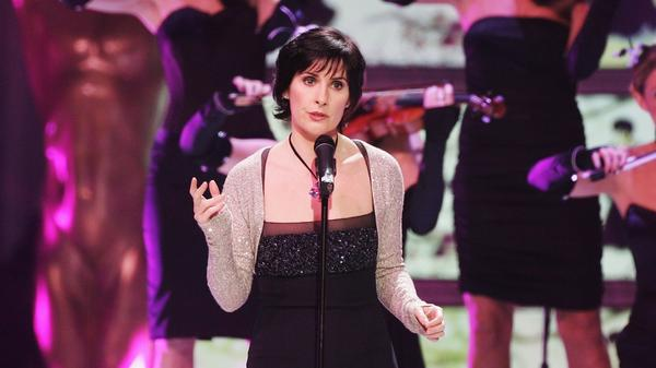 With <em>Watermark</em>, Enya (shown here performing at the 2006 World Music Awards) helped bring New Age chic to the masses.