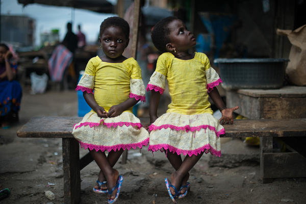 Fatoumaba and Zeynab, age 3