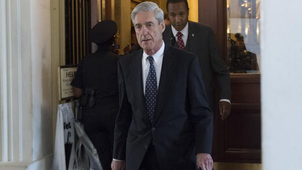 Former FBI Director Robert Mueller, special counsel leading the DOJ Russia investigation, leaves the Capitol following a meeting with the Senate Judiciary Committee on June 21.