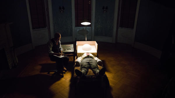 Bob Balaban and Peter Sarsgaard star in <em>Wormwood,</em> a film that investigates the death of Frank Olson.