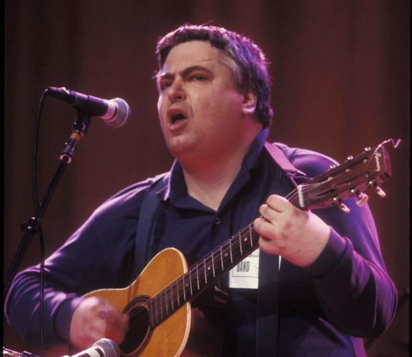 Daniel Johnston performing in 1995.