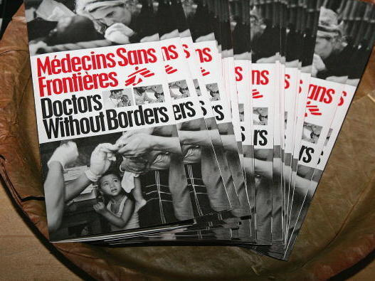 Pamphlets on display at Doctors Without Borders.