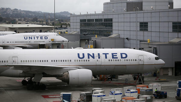 United Airlines planes sit on the tarmac in San Francisco in 2015. The airline had two incidents involving dogs in two days.