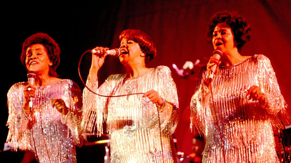 The Staple Singers performing in 1986 in their hometown of Chicago, Illinois. Yvonne, right, died April 10, 2018 at the age of 80.