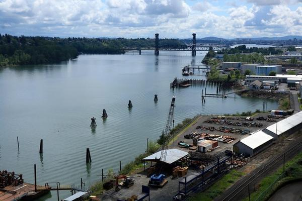 <p>More than a hundred parties share responsibility for cleaning up the highly polluted 10-mile stretch of the Willamette River known as the Portland Harbor Superfund Site.</p>