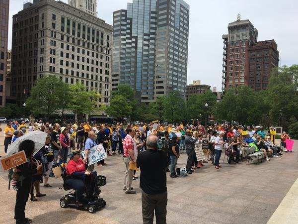 Rally at Ohio Statehouse