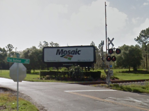 Mosaic Company, which temporarily closed its Plant City phosphate processing plan at the end of 2017, is bringing its corporate headquarters to Hillsborough County.