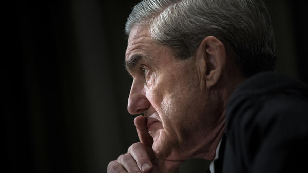 Special counsel Robert Mueller Mueller appears to have the full foreign intelligence and surveillance powers of the United States at his disposal, via both the FBI and potentially the National Security Agency or other arms of the intelligence community.