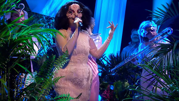 Björk performs on <em>Later... With Jools Holland</em>.