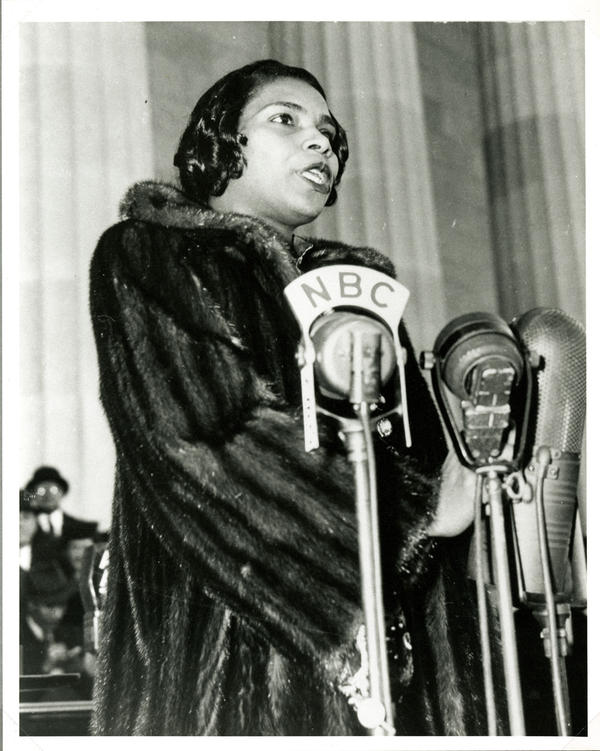 """Anderson began the concert, which was broadcast by NBC radio, with """"America,"""" a deeply patriotic song. When she got to the third line of that well-known tune, she made a change: Instead of singing """"of thee I sing"""" she sang """"of thee we sing."""""""
