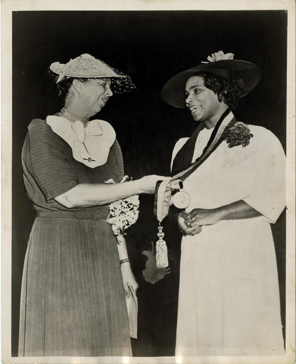 Later in 1939, Eleanor Roosevelt presented Anderson with the Springarn Medal, an annual award given by the NAACP for outstanding achievement by an African-American.