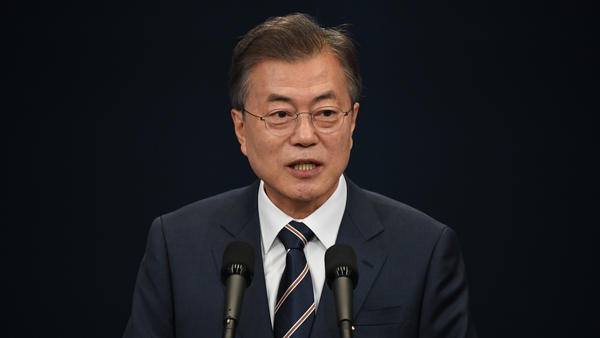 South Korea's President Moon Jae-in speaks during a news conference at the presidential Blue House in Seoul on Sunday. He met with Kim Jong Un on Saturday.