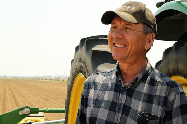 Colorado farmer Steve Kelly says returning to non-GMO sugar beets wouldn't be feasible in part because he'd have to hire workers to weed his fields.