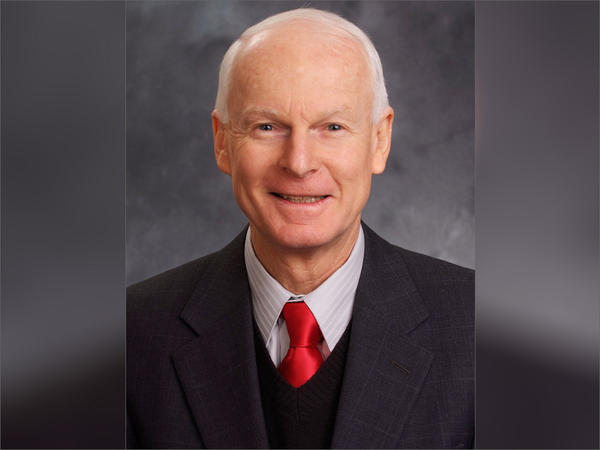 Oregon Secretary of State Dennis Richardson announced Wednesday that  is being treated for brain cancer.