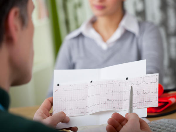 If you're at low risk for heart disease, an electrocardiogram shouldn't be a routine test for you, a panel of medical experts says.
