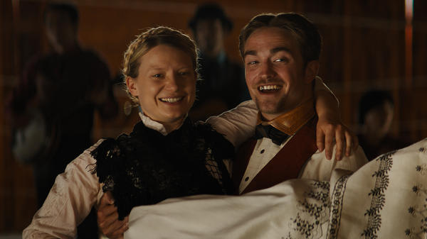Itchy Trigger Figures: Penelope (Mia Wasikowska) and Samuel (Robert Pattinson) in the Zellner Brothers' Western farce <em>Damsel.</em>