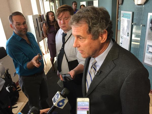U.S. Senator Sherrod Brown (D-Ohio) introduces bill to end voter roll cleanups based on electoral inaction and failing to respond to mailed notifications.