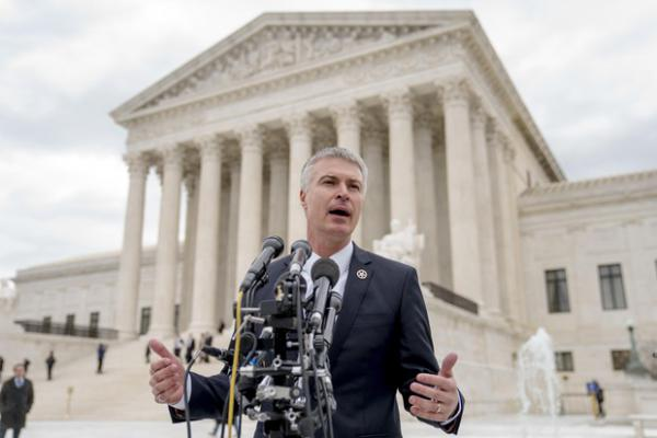 <p>South Dakota Attorney General Marty Jackley speaks outside the Supreme Court after the court heard oral arguments, Tuesday, April 17, 2018, in Washington.</p>