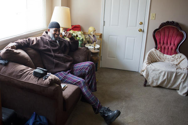 El-Amin is readjusting to his new freedom and a life where prison guards no longer closely regulate his time.