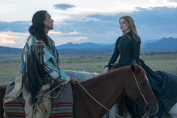 In <em>Woman Walks Ahead</em>, an artist and activist from New York City (Jessica Chastain) travels to North Dakota to make a portrait of Sitting Bull (Michael Greyeyes).