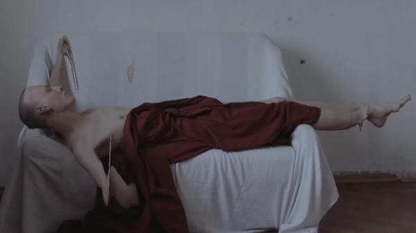 A still from Kate NV's <em>для FOR (The Film)</em>.